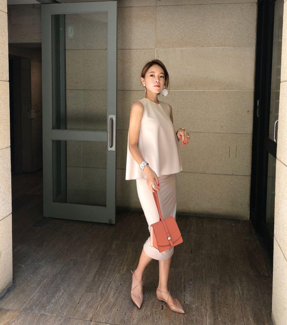 Tuyệt chiêu đi giày bệt vừa trẻ trung, năng động mà không phải lo chân bị ngắn một mẩu