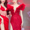 Hà Tăng diện váy basic vẫn 'cân đẹp' dàn sao hóa nữ thần, công chúa