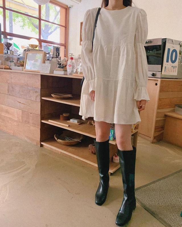 11 công thức váy + boots rõ xinh, các nàng ghim ngay để từ giờ đến cuối năm luôn mặc đẹp - Ảnh 2.