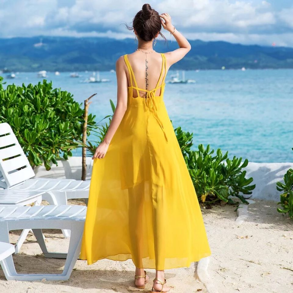 """Váy hở lưng thời trang không thể thiếu cho mùa hè """"bay bổng""""!"""