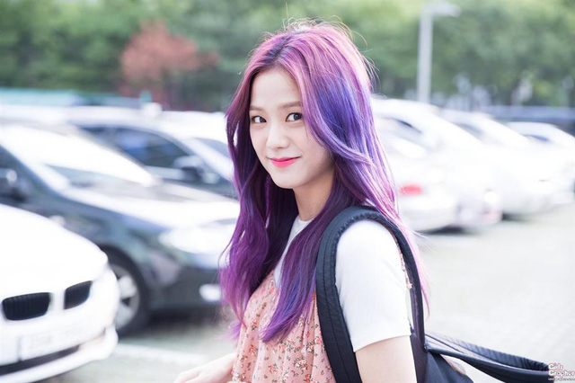 Mỹ Tâm - Hari Won - Quỳnh Anh Shyn đu trend tóc tím lấn át dàn nghệ sĩ Hàn - Ảnh 6.