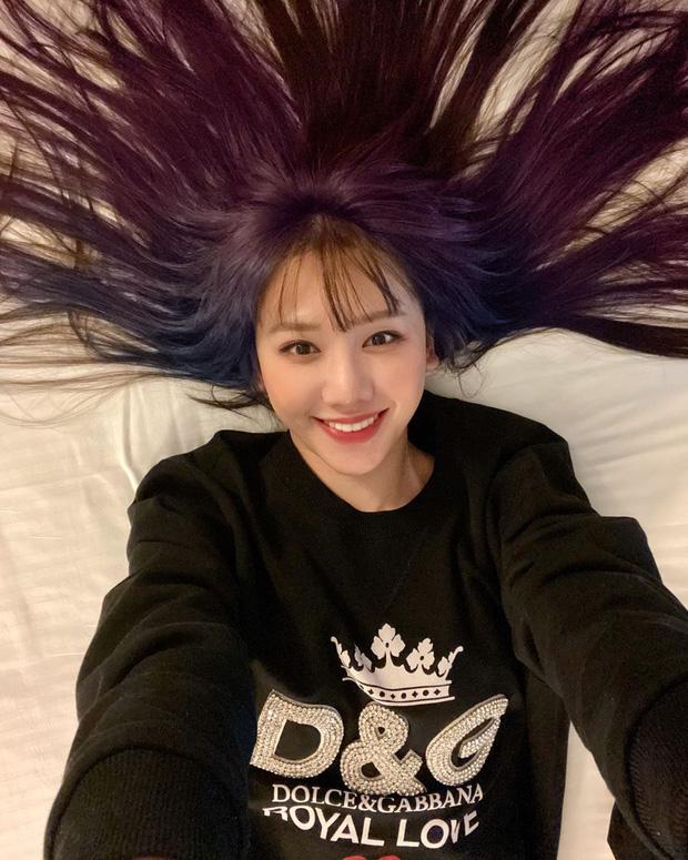 Mỹ Tâm - Hari Won - Quỳnh Anh Shyn đu trend tóc tím lấn át dàn nghệ sĩ Hàn - Ảnh 8.
