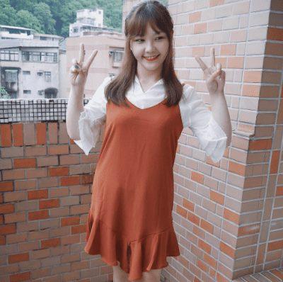 Váy yếm tông màu cam gạch