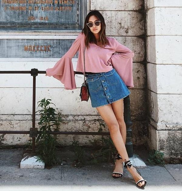 cách phối đồ với chân váy rin, chân váy jean ôm với áo tay chuông
