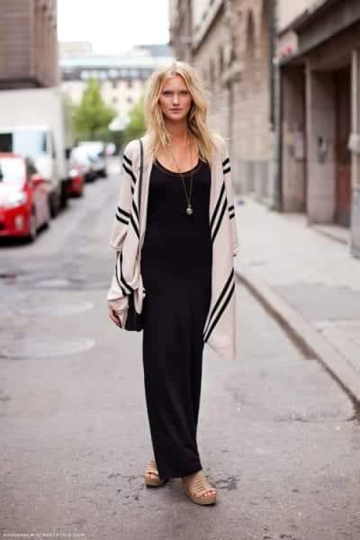 Chiếc váy maxi đang là chiếc váy trendy được ưa chuộng