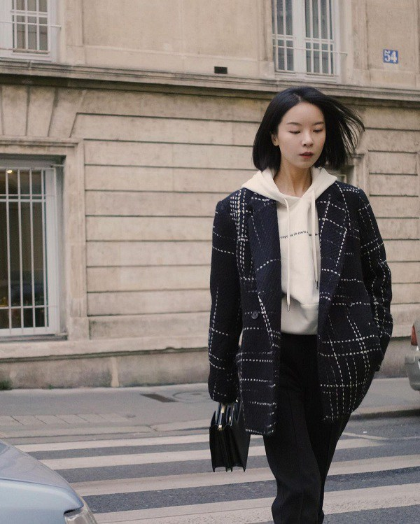 Kết hợp blazer với 4 kiểu áo này, nàng mặc đơn giản mấy cũng đẹp bất chấp trong mùa lạnh - 15