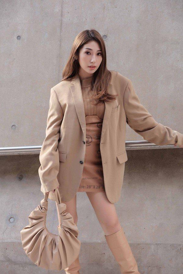 amp;#34;Mở hàngamp;#34; phong cách sành điệu ngày đầu năm, nàng cứ xúng xính kiểu trang phục này ra phố - 3