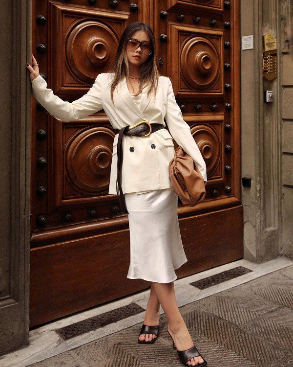 amp;#34;Mở hàngamp;#34; phong cách sành điệu ngày đầu năm, nàng cứ xúng xính kiểu trang phục này ra phố - 15