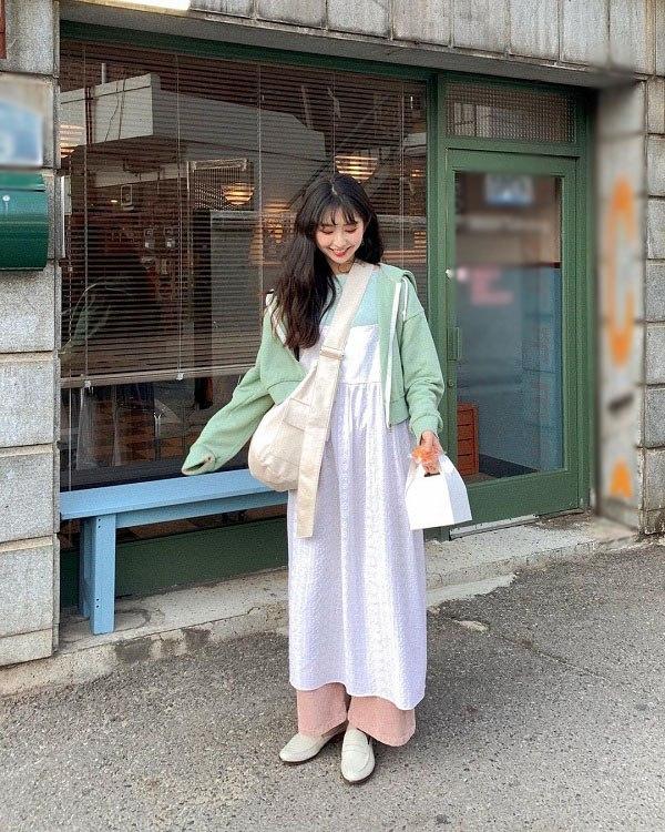 """Ăn mặc xuề xòa khó hiểu, """"nữ hoàng gợi cảm"""" xứ Hàn đánh mất danh hiệu biểu tượng thời trang - 12"""