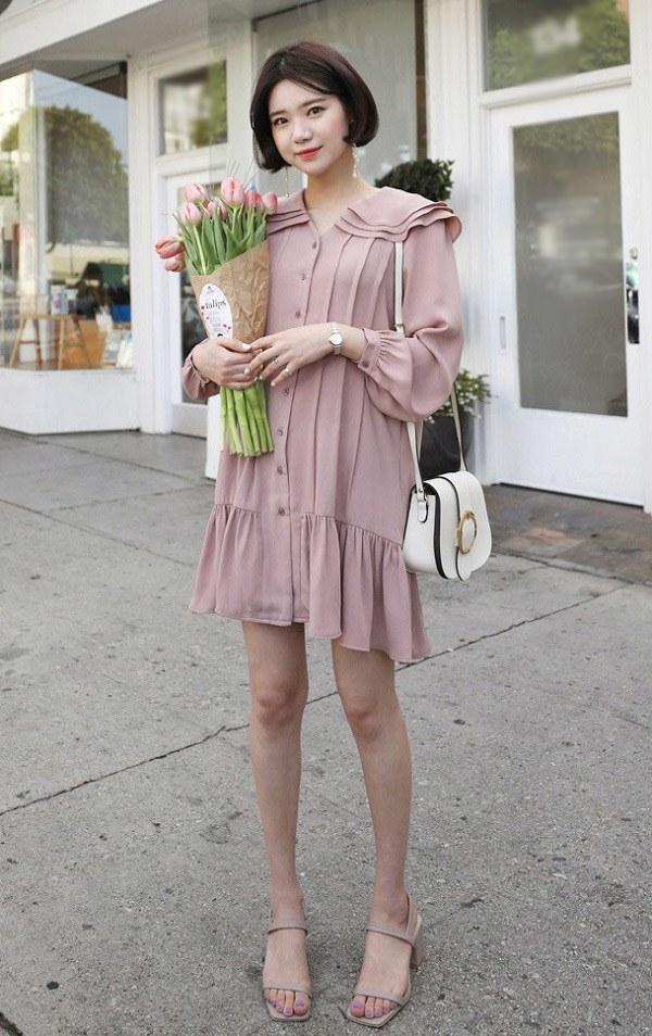 Chẳng cần sắm đồ mới, nàng diện lại mấy mẫu váy liền này là vẫn hợp mốt trong năm 2021 - 3
