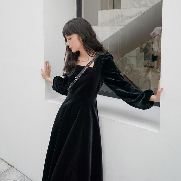 Chẳng cần sắm đồ mới, nàng diện lại mấy mẫu váy liền này là vẫn hợp mốt trong năm 2021 - 4