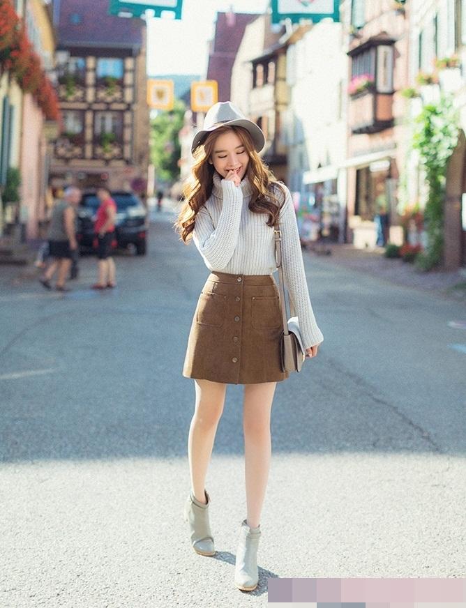 chân váy len ngắn phối với áo gì, chân váy len ngắn mix với áo gì, chân váy len ngắn kết hợp với áo gì , chân váy len ngắn mặc với áo gì,