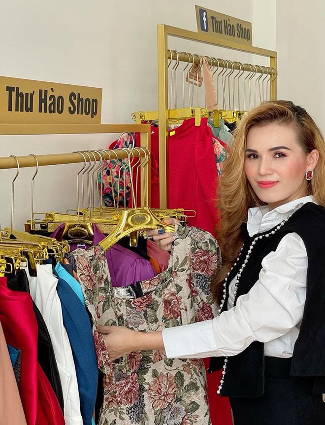 Hé lộ bí quyết thành công của cửa hàng thời trang Thư Hào - 1