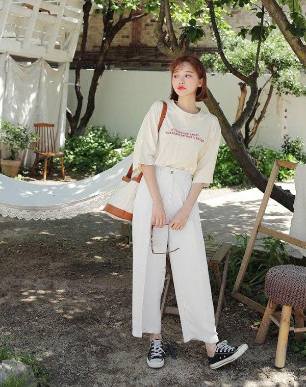 Những mẫu quần trắng tôn dáng lại dễ phối đồ, nàng diện đi chơi dịp lễ là chuẩn xinh - 13
