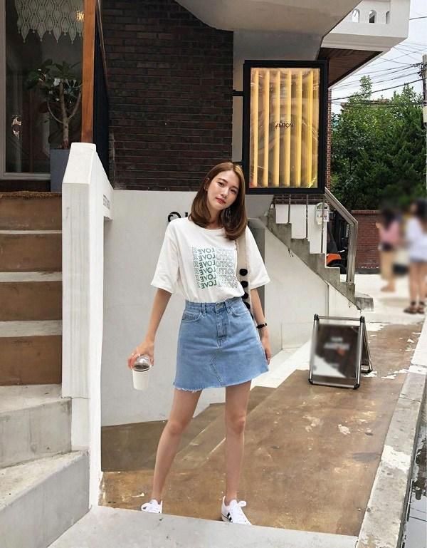 5 kiểu chân váy cứ diện cùng áo phông là đẹp mê, nàng lưu ngay để style thêm sành điệu - 7