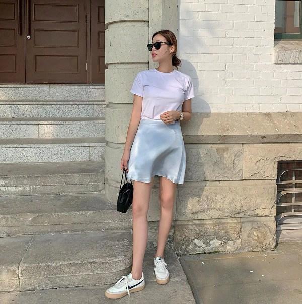 5 kiểu chân váy cứ diện cùng áo phông là đẹp mê, nàng lưu ngay để style thêm sành điệu - 15