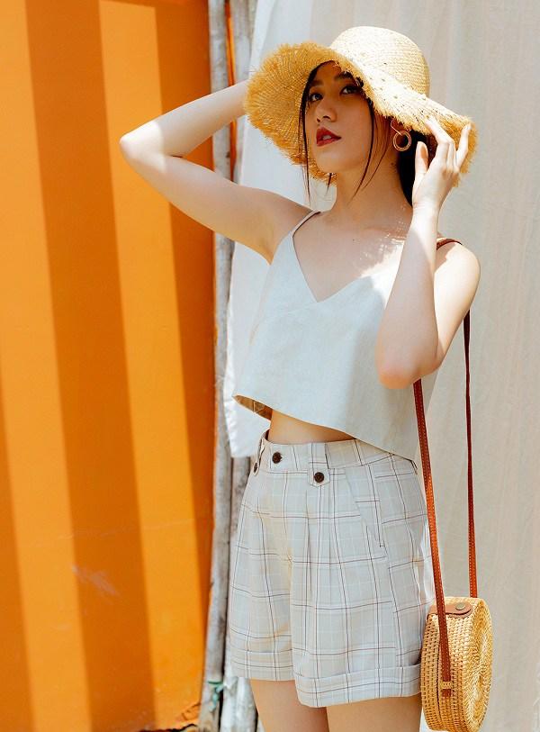 Kiểu trang phục thoáng mát cứ đến hè là phủ sóng mạnh mẽ, nàng sành mốt không thể bỏ qua - 6