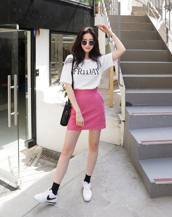 Phối chân váy ngắn với 4 kiểu giày dép này, nàng sẽ ghi điểm tuyệt đối vì style sành điệu - 10