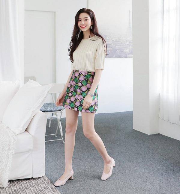 Phối chân váy ngắn với 4 kiểu giày dép này, nàng sẽ ghi điểm tuyệt đối vì style sành điệu - 13
