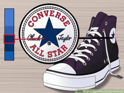 Logo tròn trên thân giày