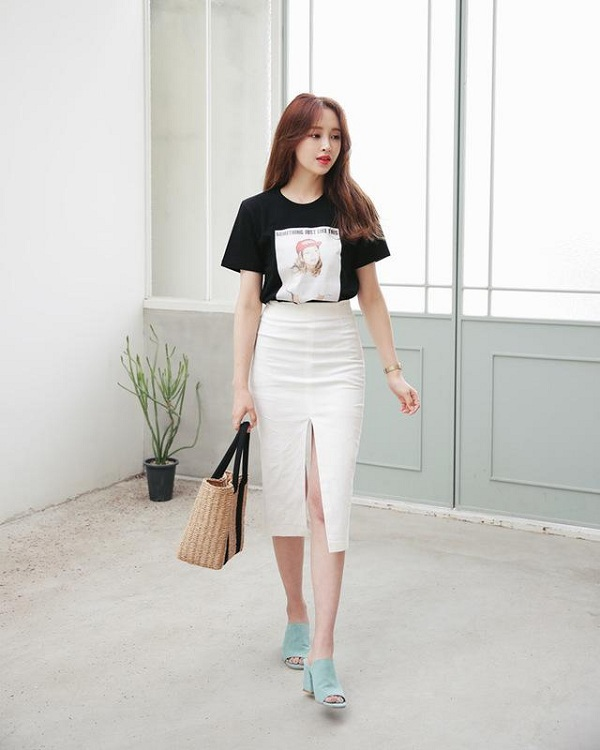 5 kiểu chân váy cứ diện cùng áo phông là đẹp mê, nàng lưu ngay để style thêm sành điệu - 1