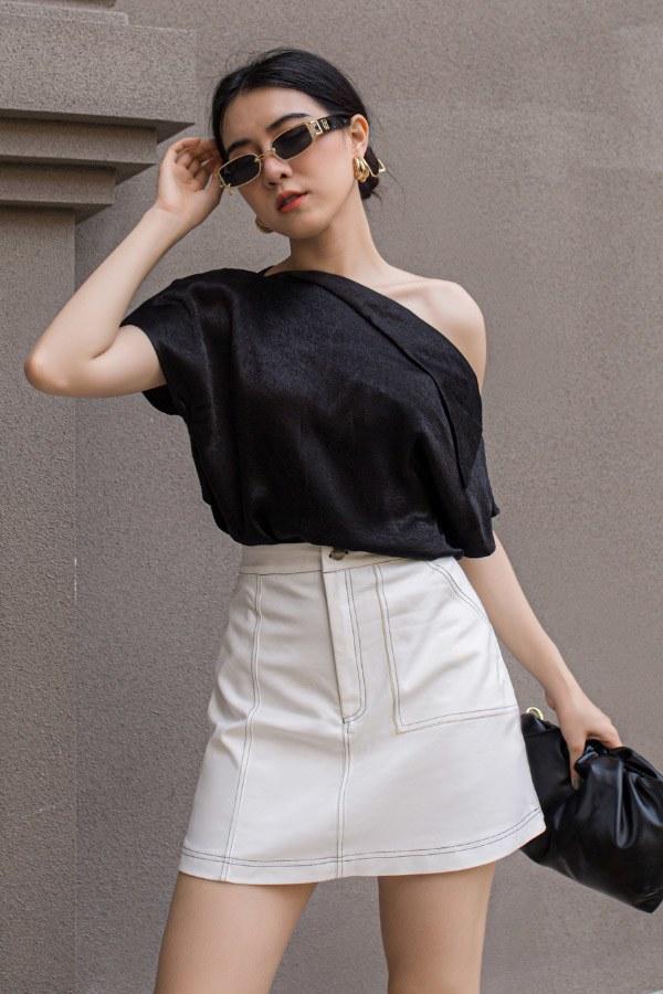 Muốn khoe khéo bờ vai trần mà không phô phang, nàng nên sắm ngay mấy kiểu áo này - 1