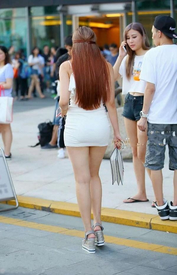 Ngán ngẩm trước những pha diện váy ngắn cũn, hớ hênh nội y của hội chị em - 7