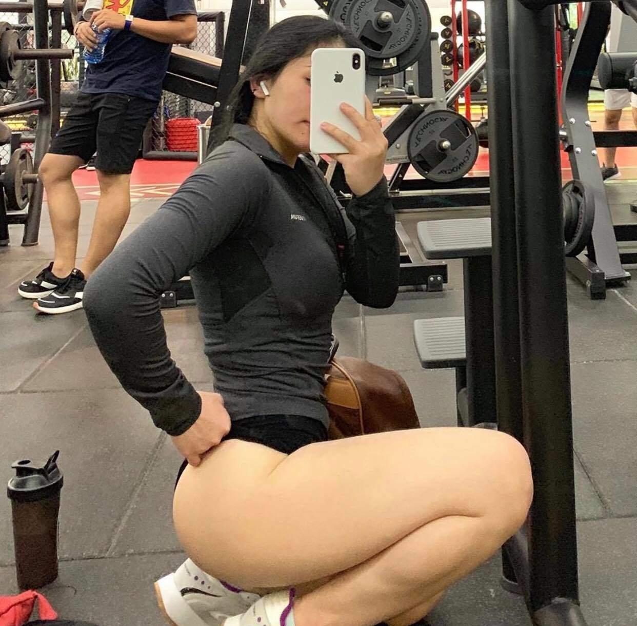 Phản cảm khi hotgirl phòng gym amp;#34;làm tròamp;#34; với quần tập: ngườidiện mỏng như sương, người lồ lộ ngấn mông - 5
