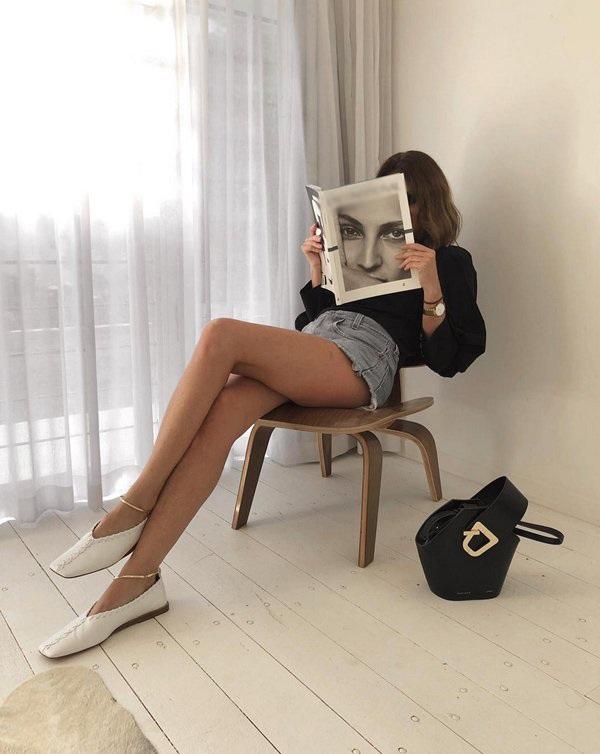 Với 4 mẫu giày cơ bản này, nàng ngoài 30 sẽ xinh đẹp và cuốn hút trong mọi hoàn cảnh - 10