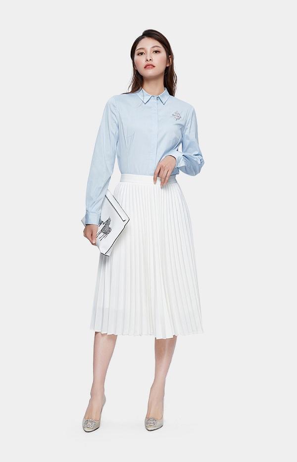 Chỉ mất hơn trăm nghìn mua một chiếc chân váy trắng, nàng tha hồ phối nhiều set đồ sang xịn - 7