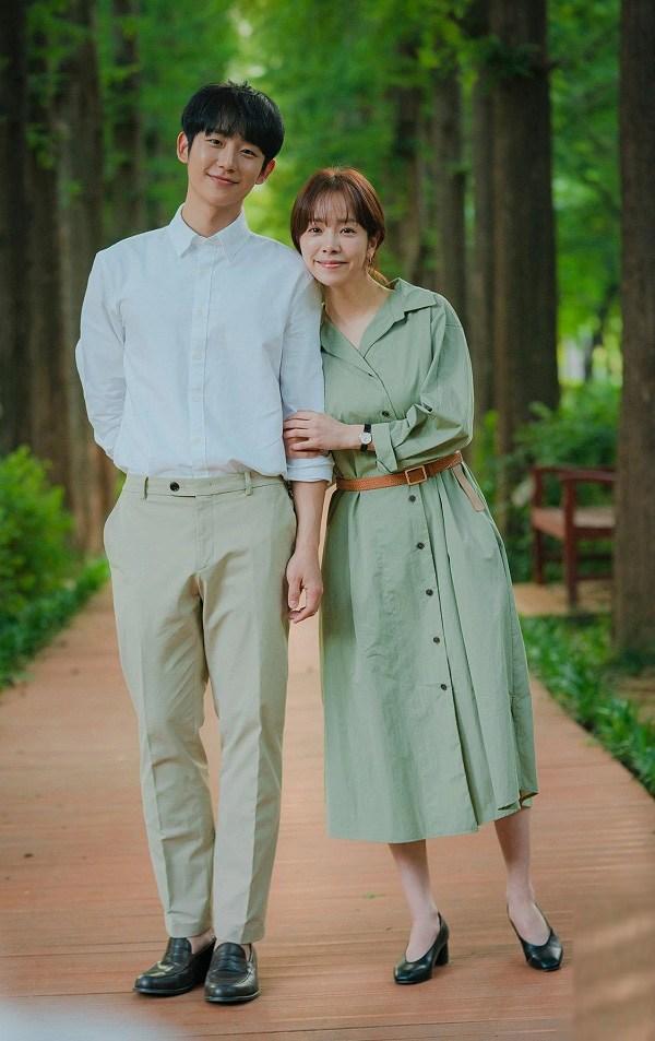 4 mẫu váy được lăng xê nhiều nhất trong phim Hàn, ai mặc lên cũng đẹp mê - 3