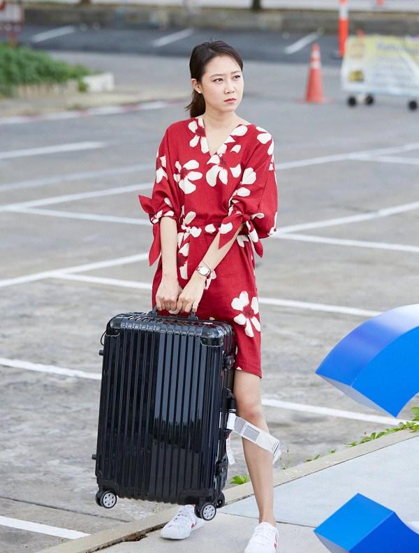 4 mẫu váy được lăng xê nhiều nhất trong phim Hàn, ai mặc lên cũng đẹp mê - 7