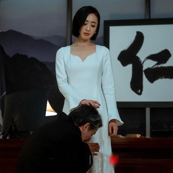 4 mẫu váy được lăng xê nhiều nhất trong phim Hàn, ai mặc lên cũng đẹp mê - 10