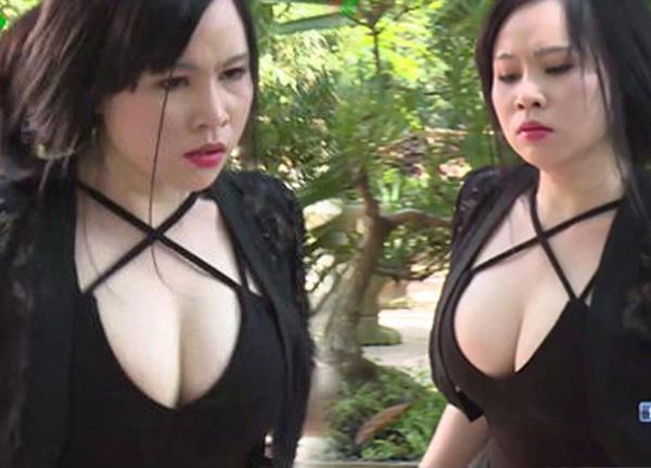 Đỏ mặt trước những kiểu trang phục hớ hênh trong phim Việt, khán giả xem cũng phải bức xúc - 9